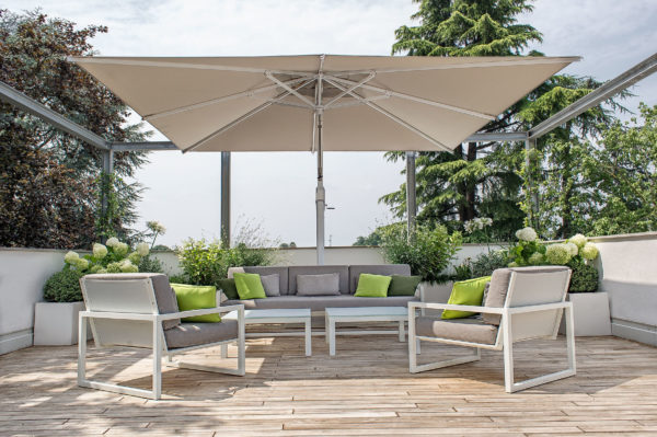 Large Outdoor Cantilever Umbrellas - King Collection